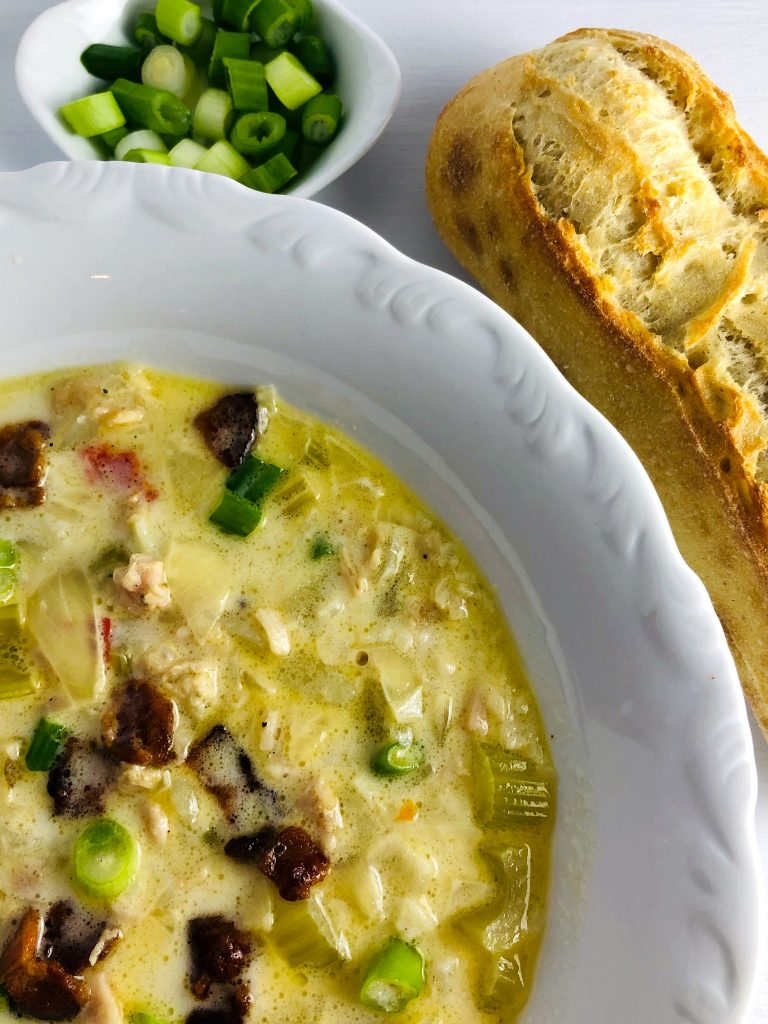 New England Clam Chowder With Green Onions and Bread