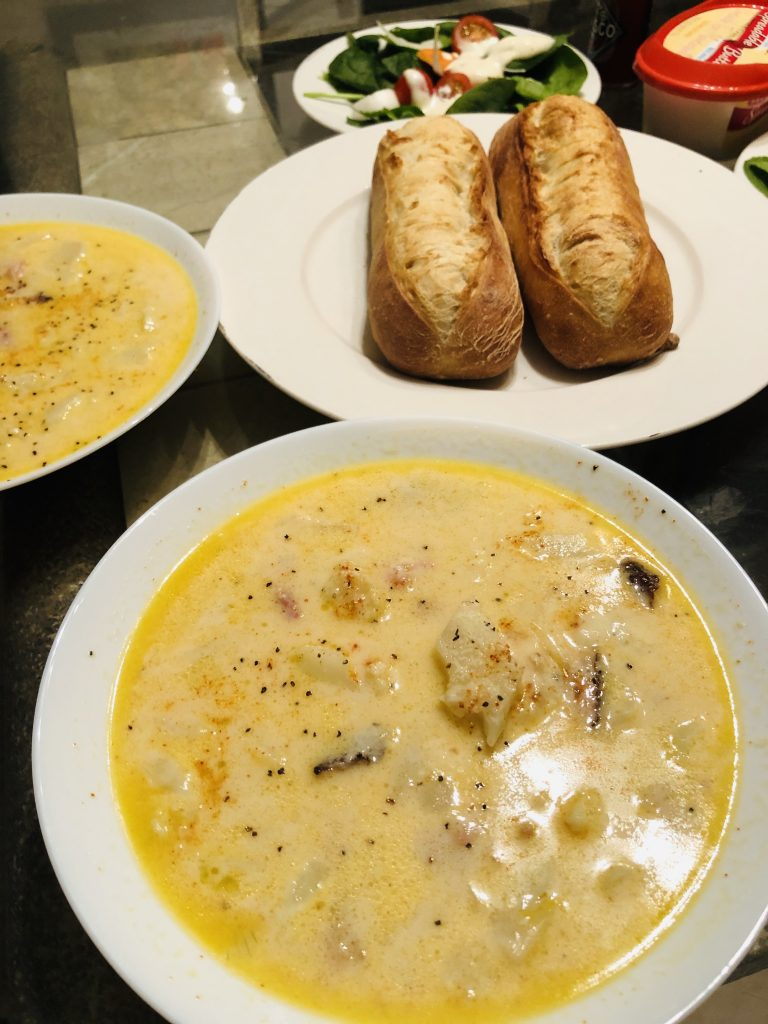 Creamy Cauliflower, Potato, and Cheesy Ham Chowder and Bread