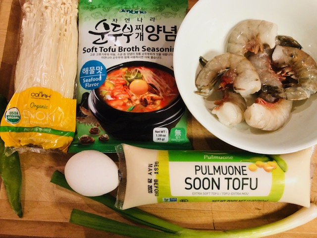 Jayone Soft Tofu Broth Seasoning, egg, Pulmuone Extra Soft Tofu, Shrimp, enoki mushroom, green onion and green pepper