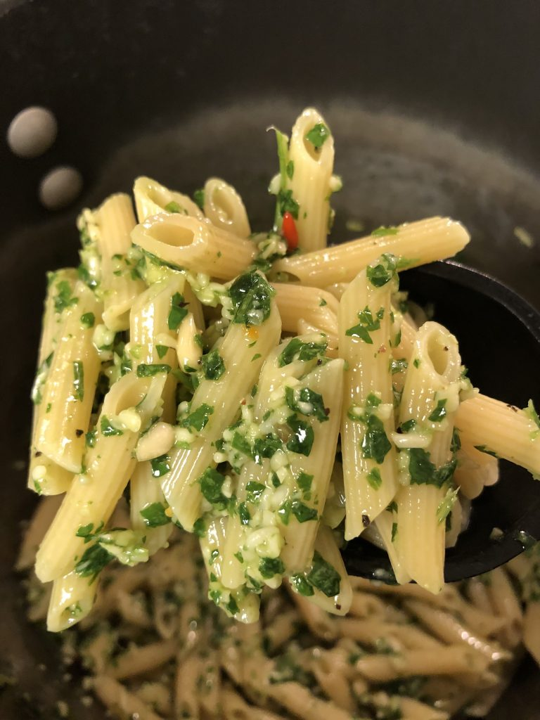 Penne with parsley pesto