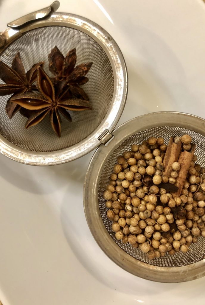 Tea Strainer with spices