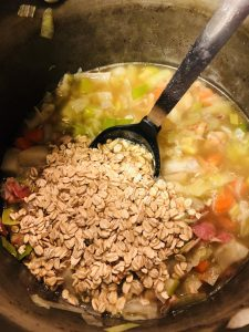 Oatmeal added to cawl cennin
